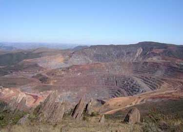 General view of the Main Pit with the West Pit on the background. CSN, Casa de Pedra Mine
