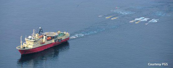 streamer-seismic-vessel